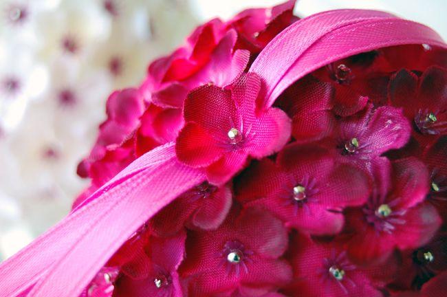 How To Make A Wedding Pomander Kissing Ball Or Ornament With Silk Flowers Diy Flower Ball Silk Flowers Diy Silk Flowers