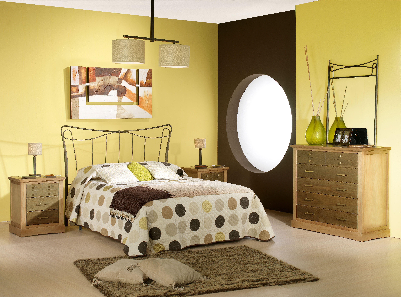 Dormitorio de forja y madera mod Afrodita fabricado a mano tonos