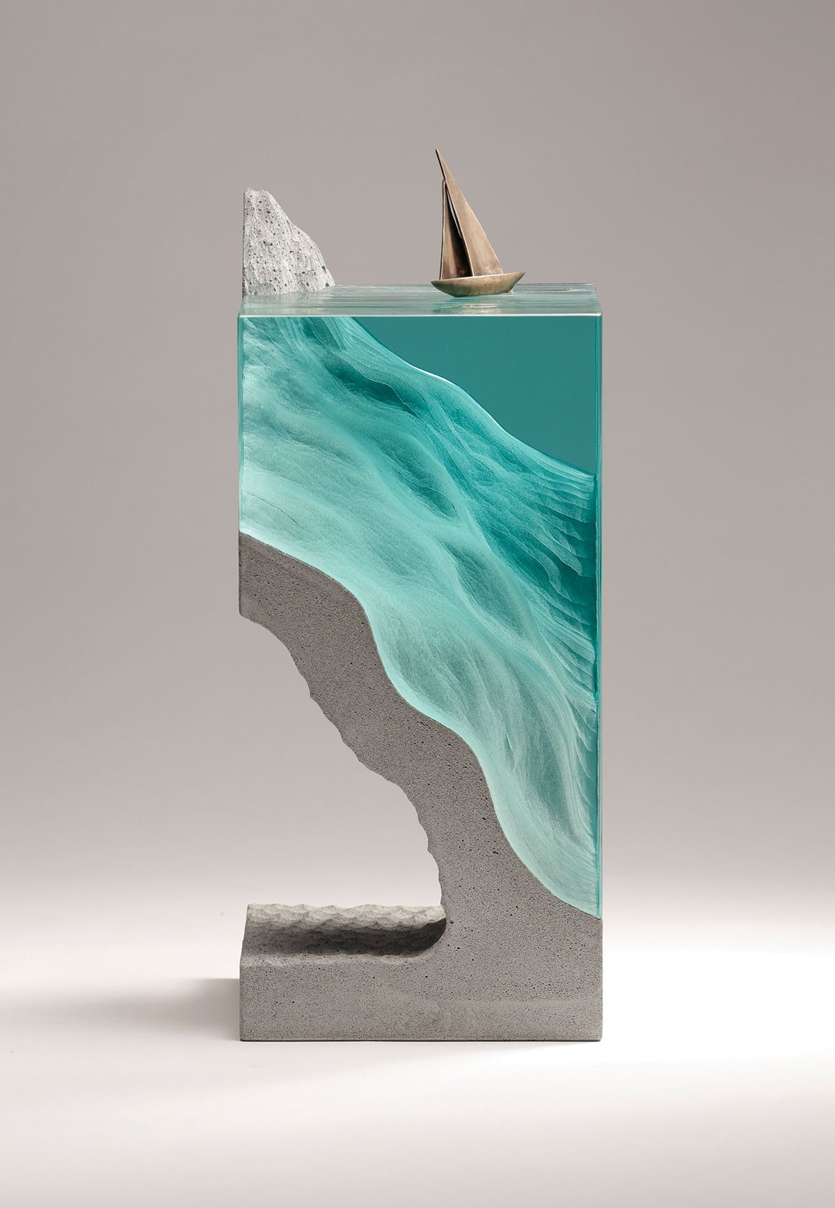 Set sail laminated float glass cast concrete and bronze for Cement art design