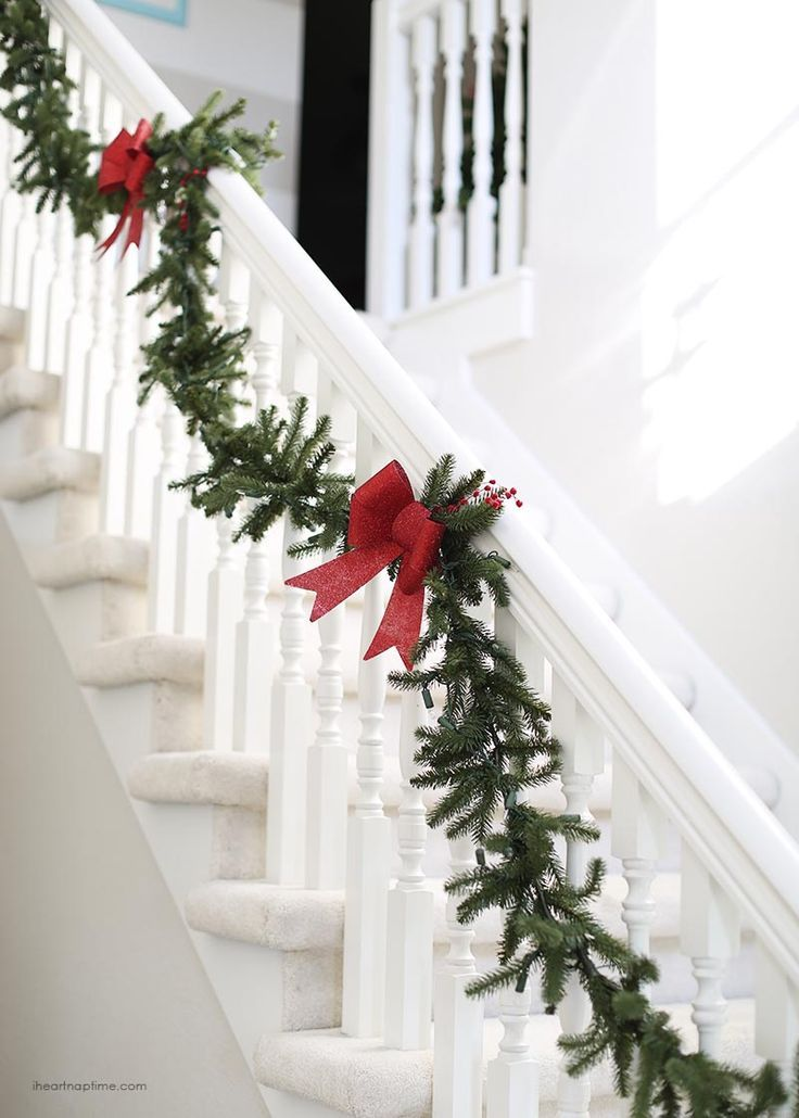 Perfect Christmas Garland On The Stairs