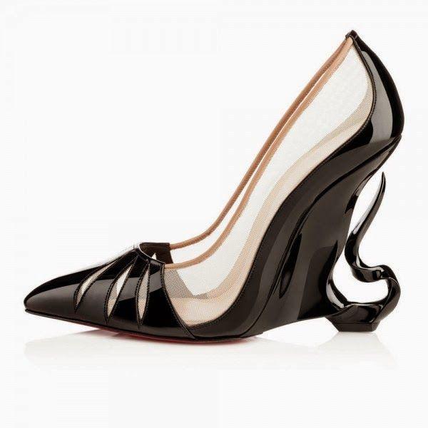 cuanto cuestan unos zapatos christian louboutin
