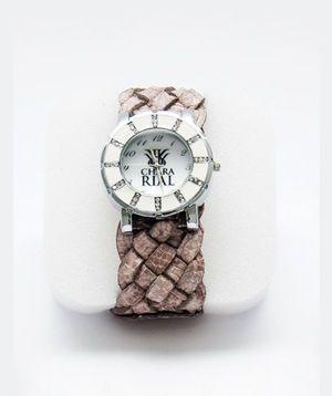 Relógio - Clémence Poésy (Chara Rial)