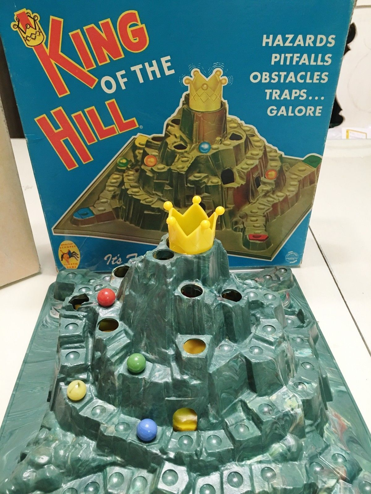 Vintage King of the Hill Game Schaper 1960's with original
