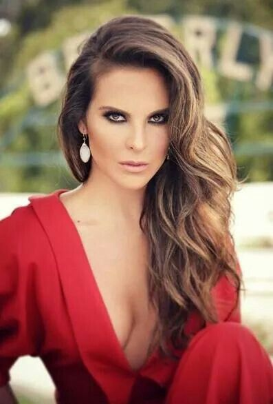 Latina Kate Castillo. Fabulous and sexy to say.