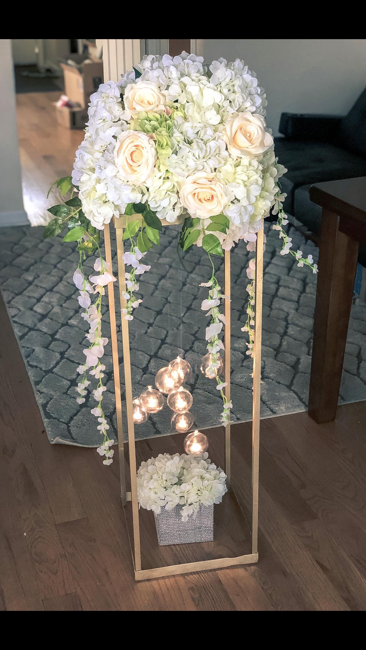 Modern rectangle stand centerpiece Wedding table