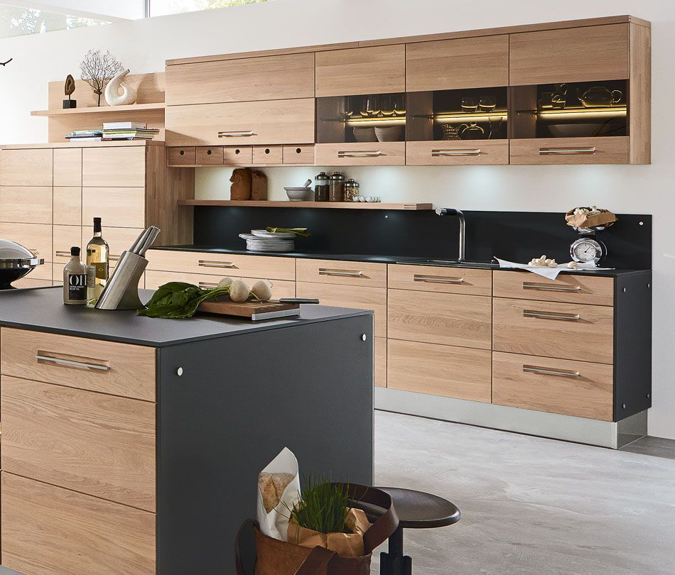 Ein Hauch Hoffner Holzfarbene Kuchen Landhaus Mobel Stilvolle Kuche In Holzoptik Stylish Kitchen Popular Kitchen Designs Modern Kitchen Design