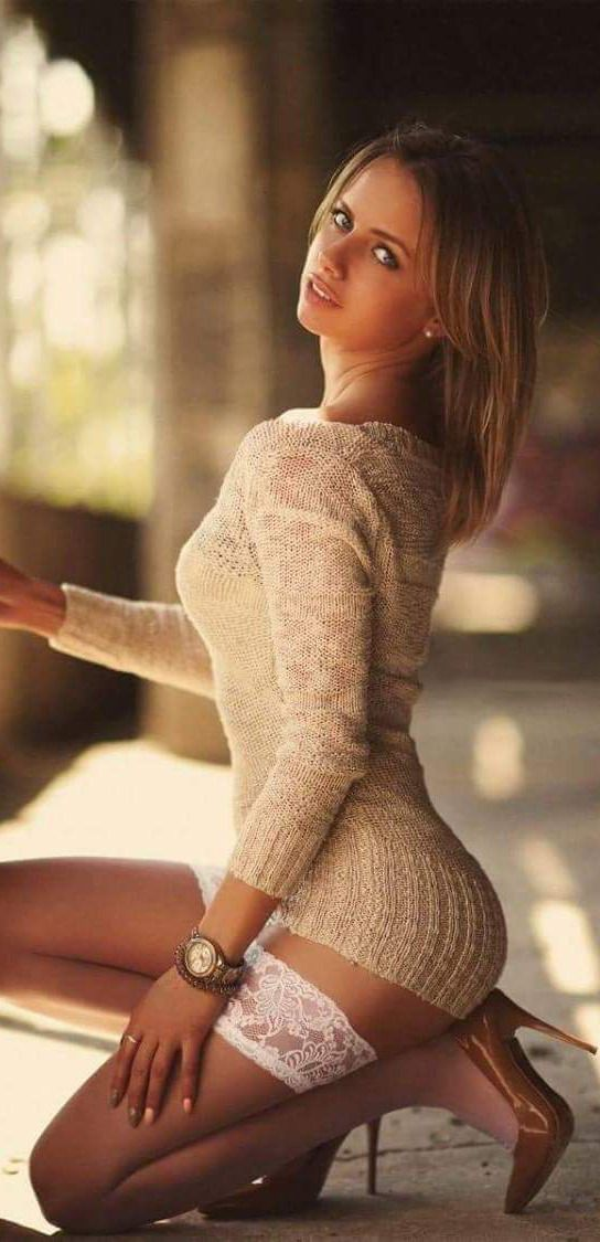 Sexy Sweater Girl