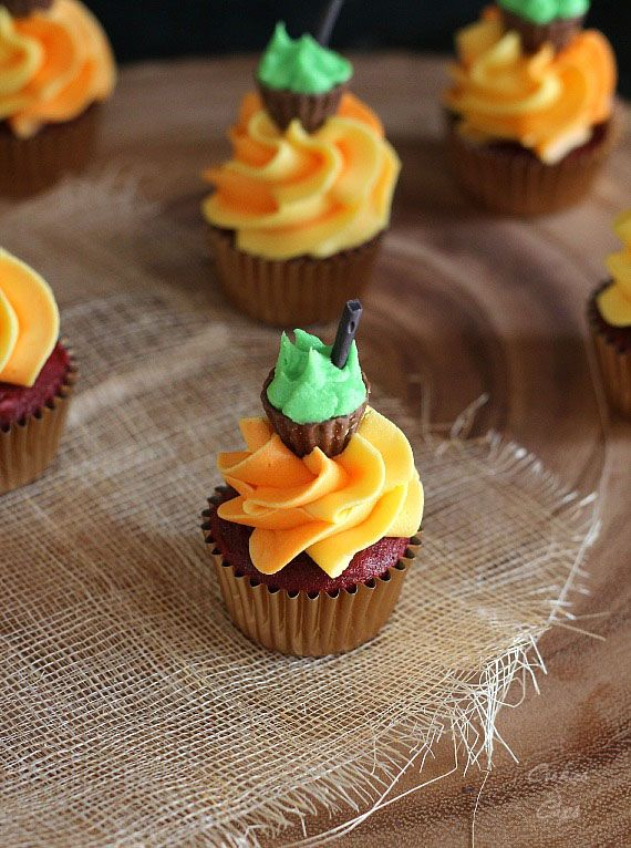 small halloween cupcakes