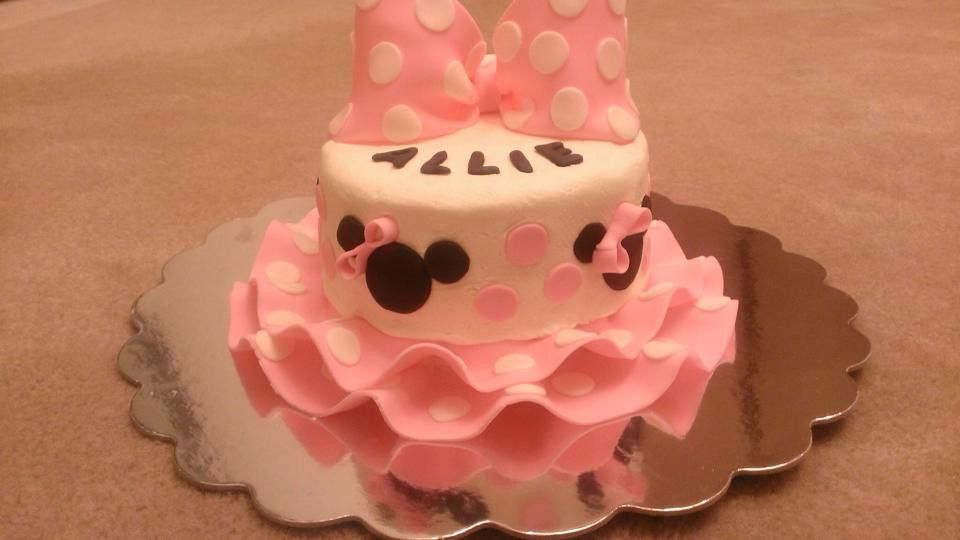 Minnie Mouse Polka Dot Ruffle Smash Cake I made for girl 1st