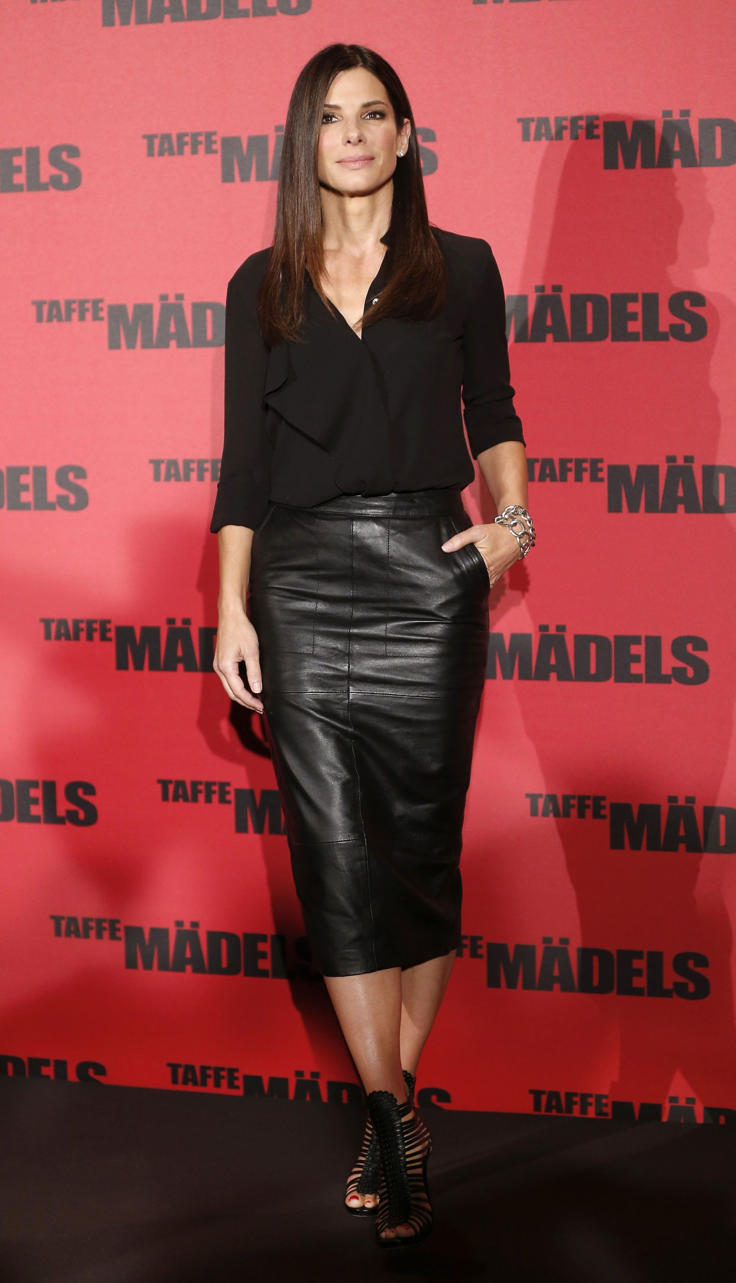 8f4977051f LOVE: Sandra Bullock is Wearing an ASOS Skirt in Our Outfit of the Day