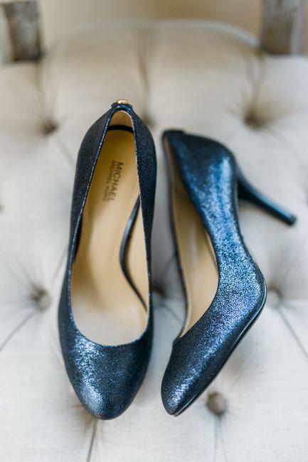 fa44312d1497 Navy blue and blush wedding ideas. Wedding shoes designed by Michael Kors.  Photo by Caroline Lima Photography