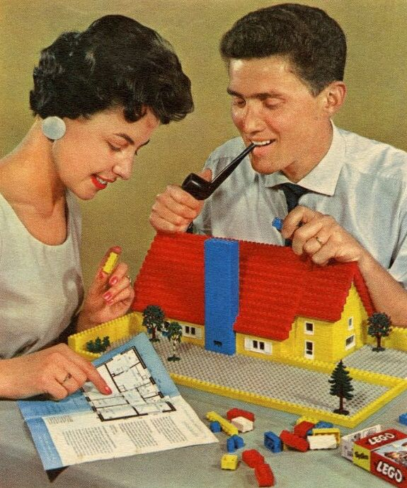 1965 Toys For Boys : Lego dream house set between and