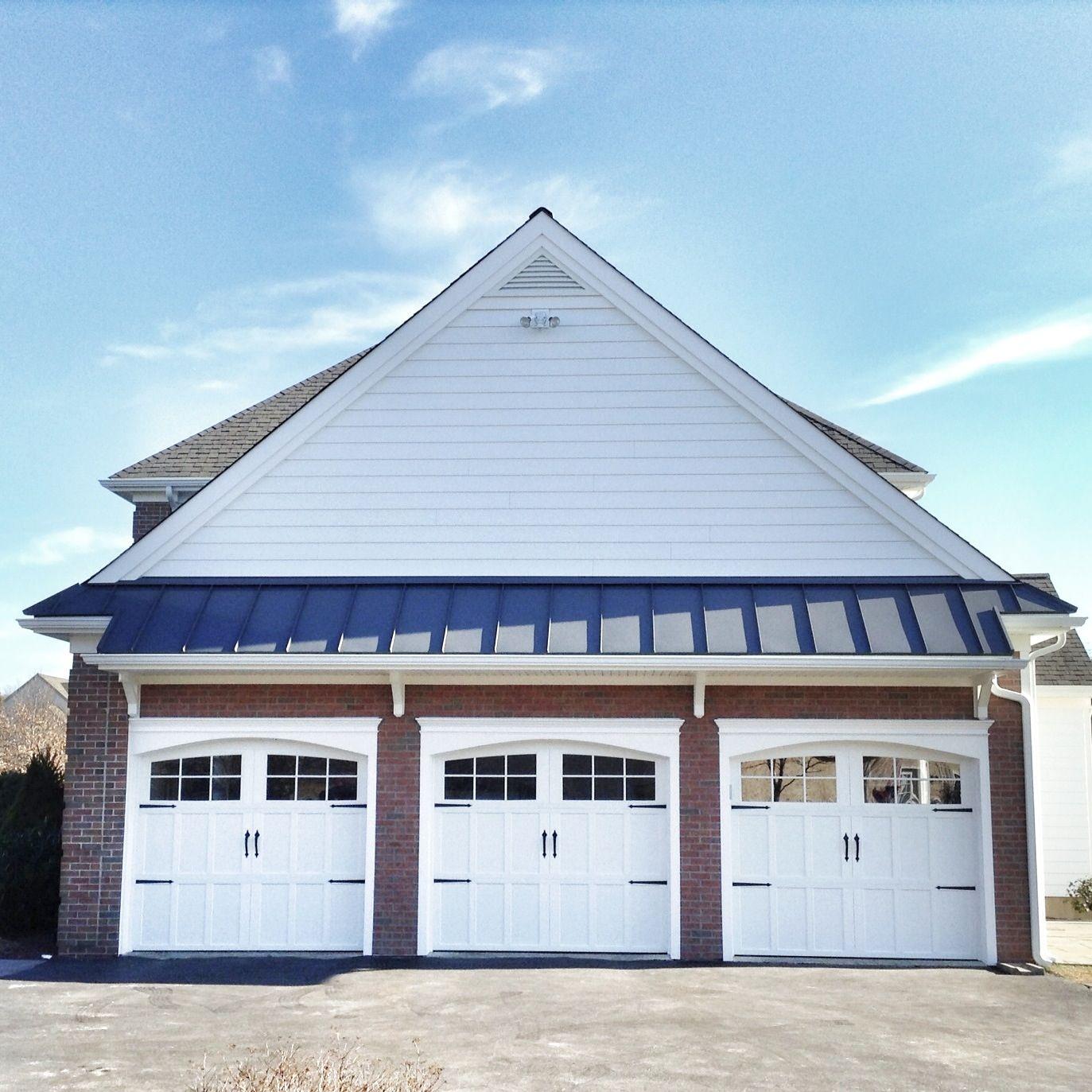 Best Brick Veneer Pent Roof And Everlast Siding With 400 x 300