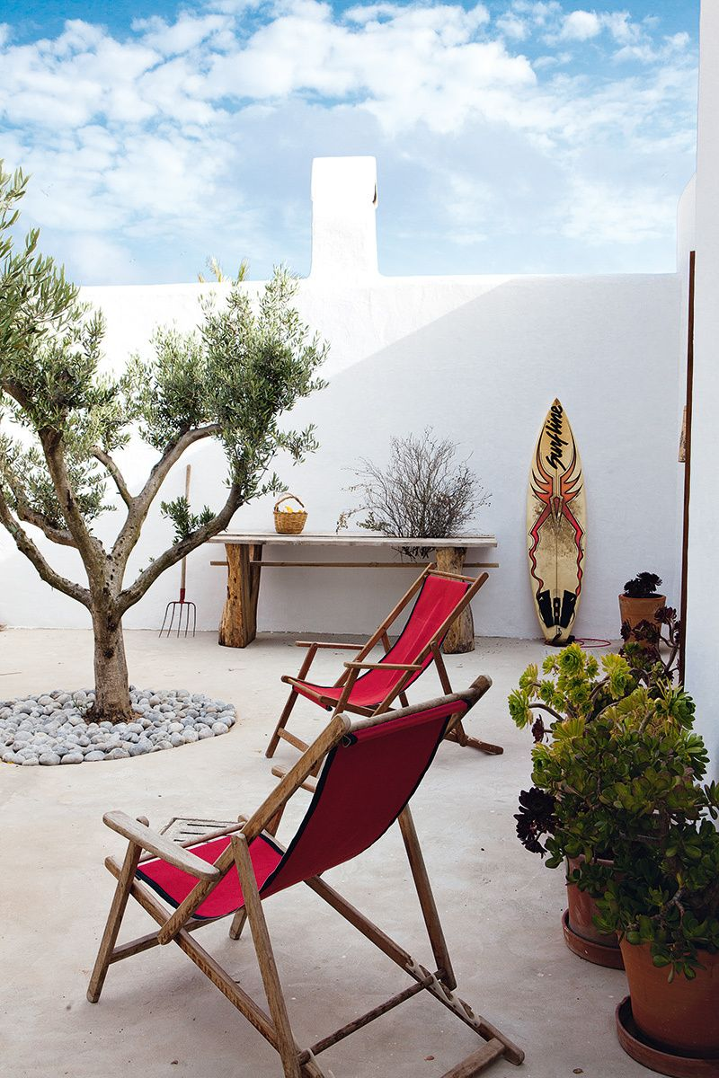 Casa De Luis Galliussi En Ibiza Ibiza Patios And Outdoor Spaces # Muebles Nomad Ibiza