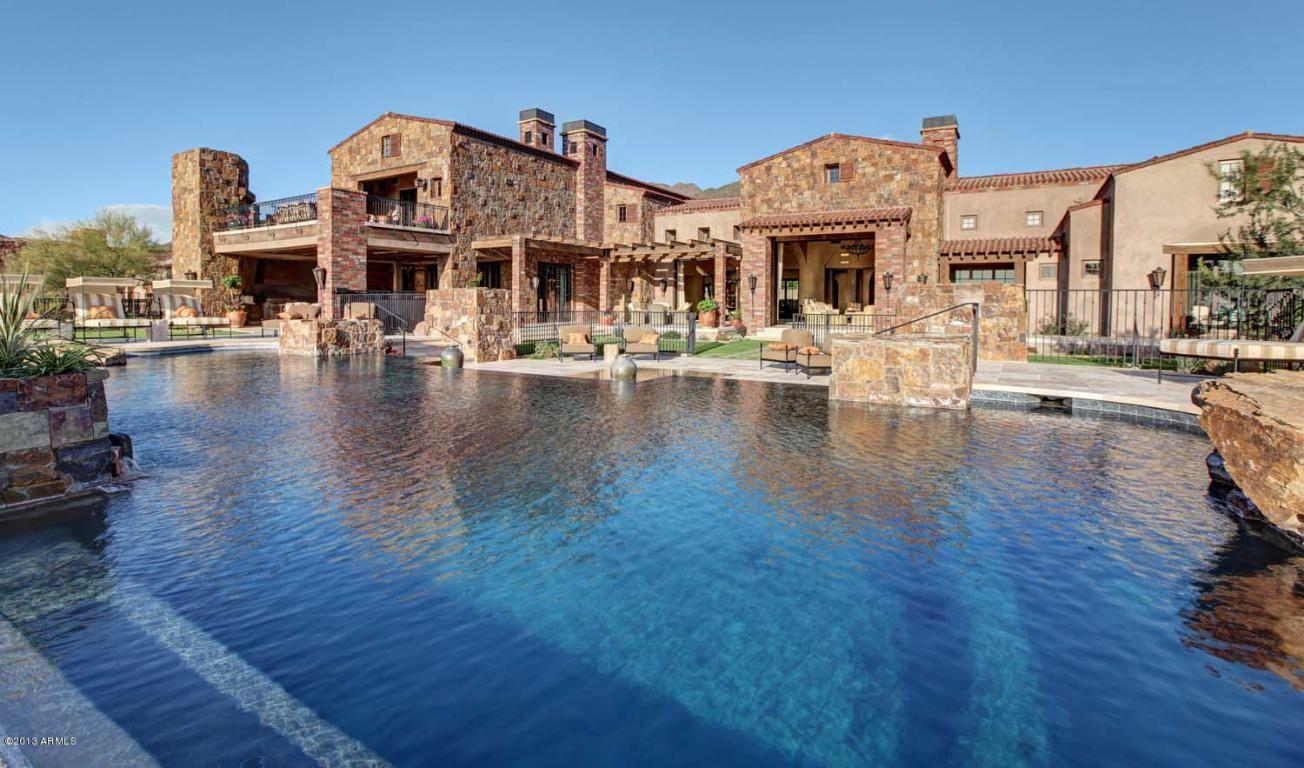 Million Dollar Home In Scottsdale Arizona Is 24 500 000 Luxury Homes Dream Houses Million Dollar Homes Arizona Real Estate