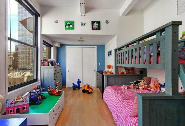 Kinderzimmer einrichten holz m bel bett kommode wei gr n kinderzimmer pinterest kinder - Schmales kinderzimmer einrichten ...