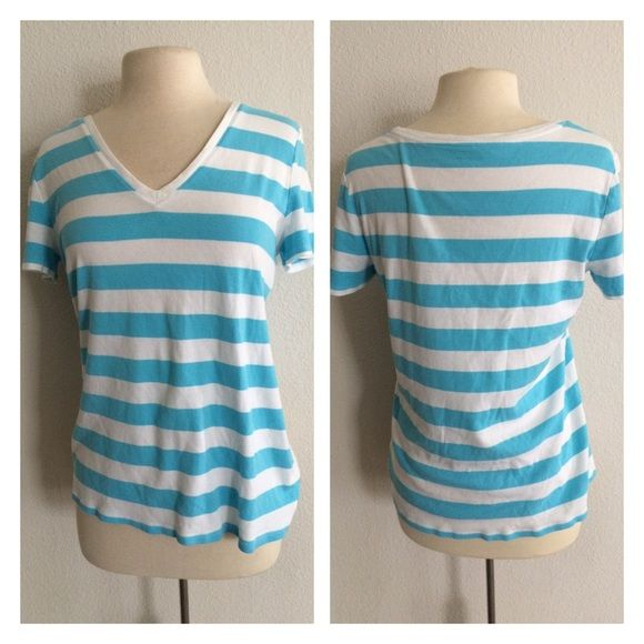 """Merona striped tshirt Merona striped top. Size XXL. 100% cotton. Measures 25"""" long with a 40"""" bust. Very TTS. Very good used condition. Extremely minor pilling on this. No trades. Poshmark onlyPrice is firm unless bundled Merona Tops Tees - Short Sleeve"""