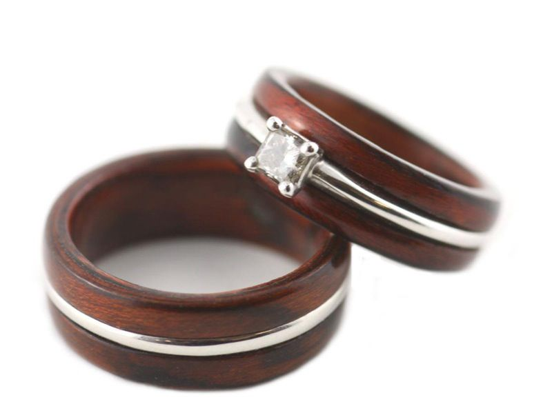 Rosewood Gold Wedding Ring Set Just a little frosting