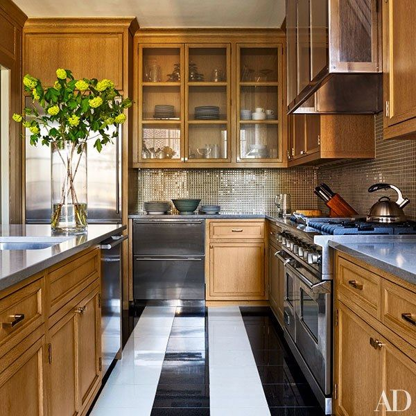 Kitchen Cabinets New York City: A Manhattan Apartment With Stunning Views