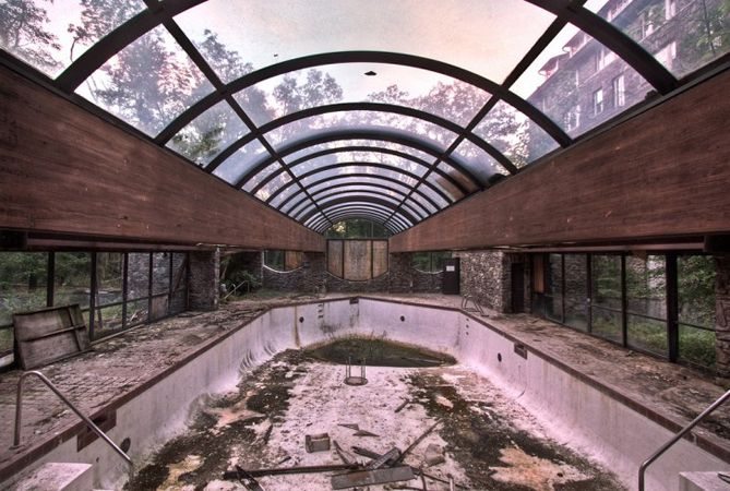 Three Abandoned Resorts In The Pocono Mountains Of