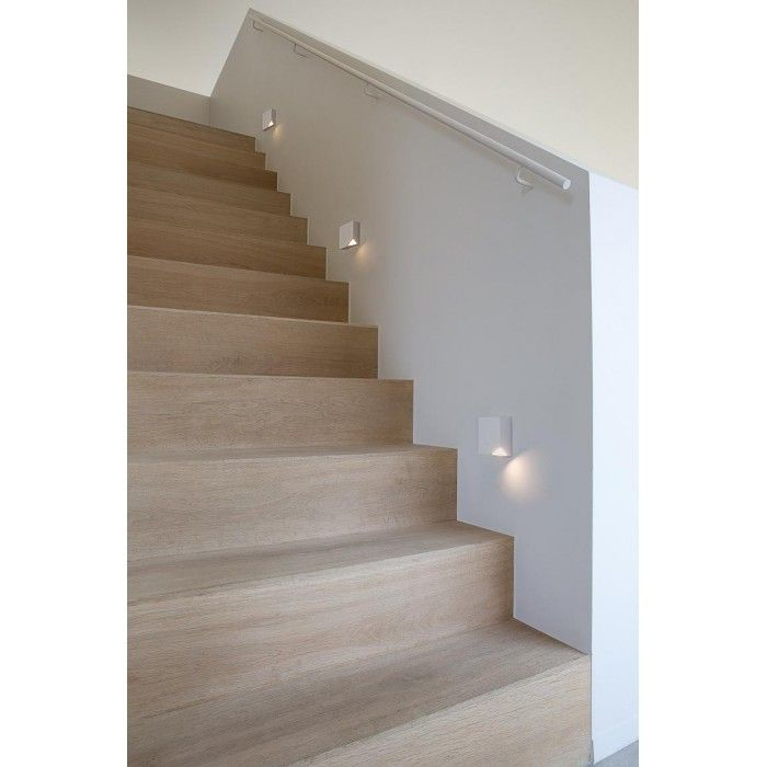 Applique Nukav Led 8 2x8 2x2 7cm Escaliers Interieur Deco Escalier Idee Deco Escalier