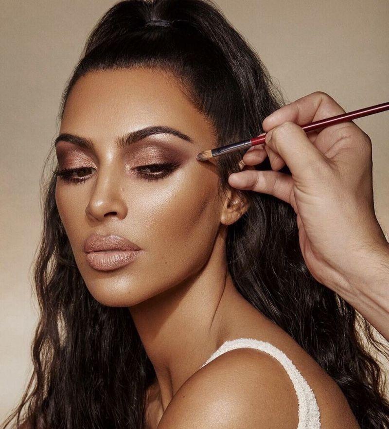 Kim Kardashian Wears 'Classic' Makeup in KKW Beauty Ads ...