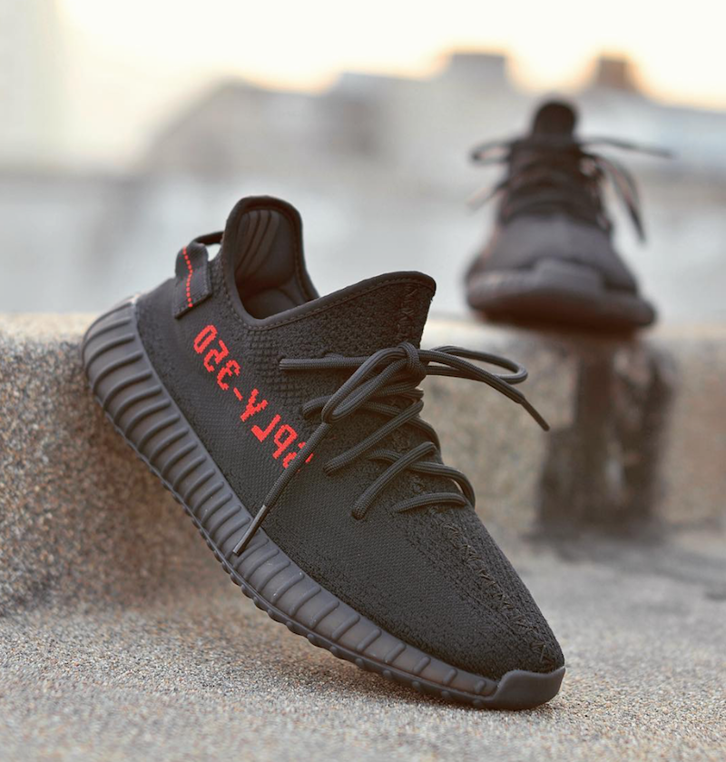 best service 41884 607c2 Adidas Yeezy Boost 350 V2 Black And Red