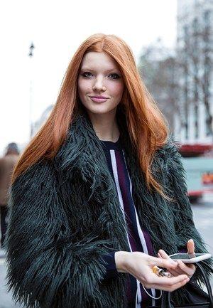 O estilo ganha vida nas ruas de Londres durante a semana de Moda, e é a personificação do bom gosto nos melhores looks de street style capturados pela fotógrafa portuguesa Cláudia Rocha.