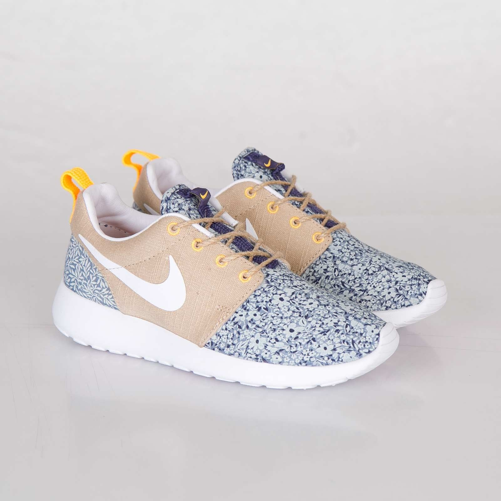Up to 50 % discount on Womens Nike Roshe Run Liberty QS Running Shoes beige  blue