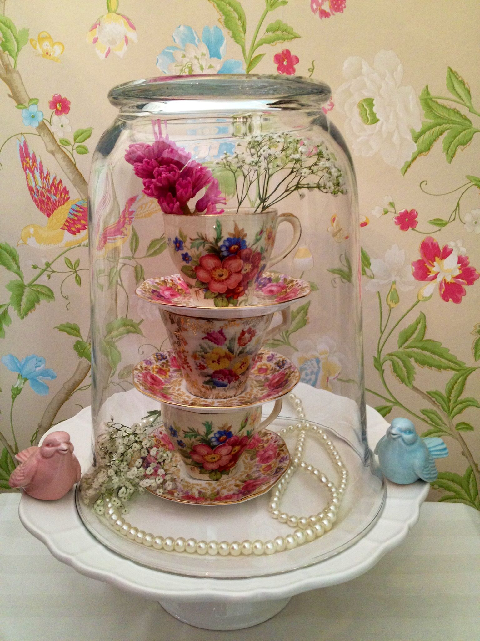 Wedding decorations ideas at home  vintage decorating ideas  Vintage China Table Decoration  Vintage