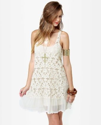 Vestido de renda off white