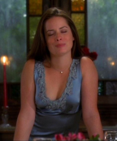 holly marie combs fansite
