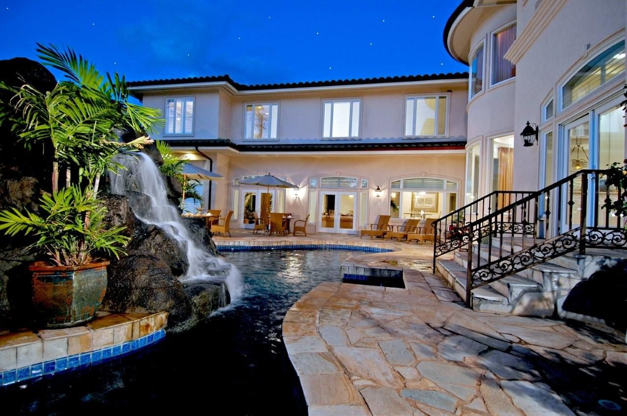 Hawaii mansions in honolulu hawaii luxury real for Hawaii luxury homes for sale