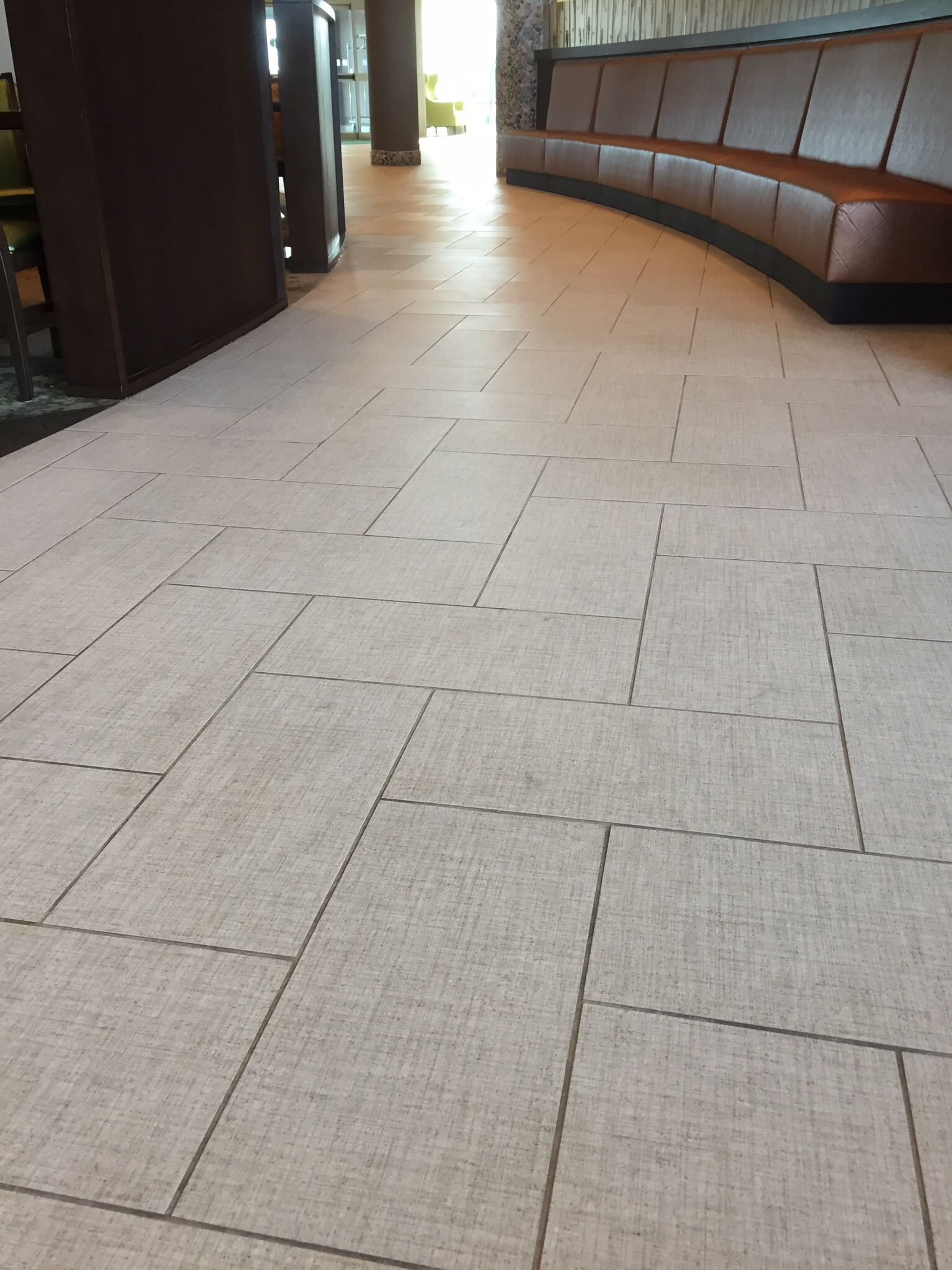 Daltile exhibition series ex12 ecru 12x24 installed in for 12x24 floor tile layout