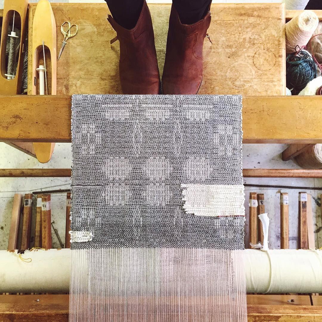 hi little inlay. Can't stop weaving on this warp. #textiles #weaving #handmade #handwoven #loom #overshot