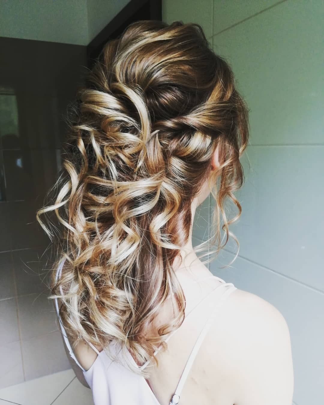 Prom Hairstyles For Women 2019 Hairstyles Women Hair Styles