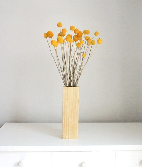 Dried Billy Buttons Craspedia Billy Balls Woollyheads In Blonde Wood By Floresdelsol On Etsy Blonde Wood Craspedia Wood Vase
