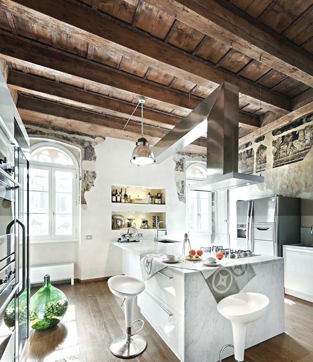 Cuisine quartz plafond bois