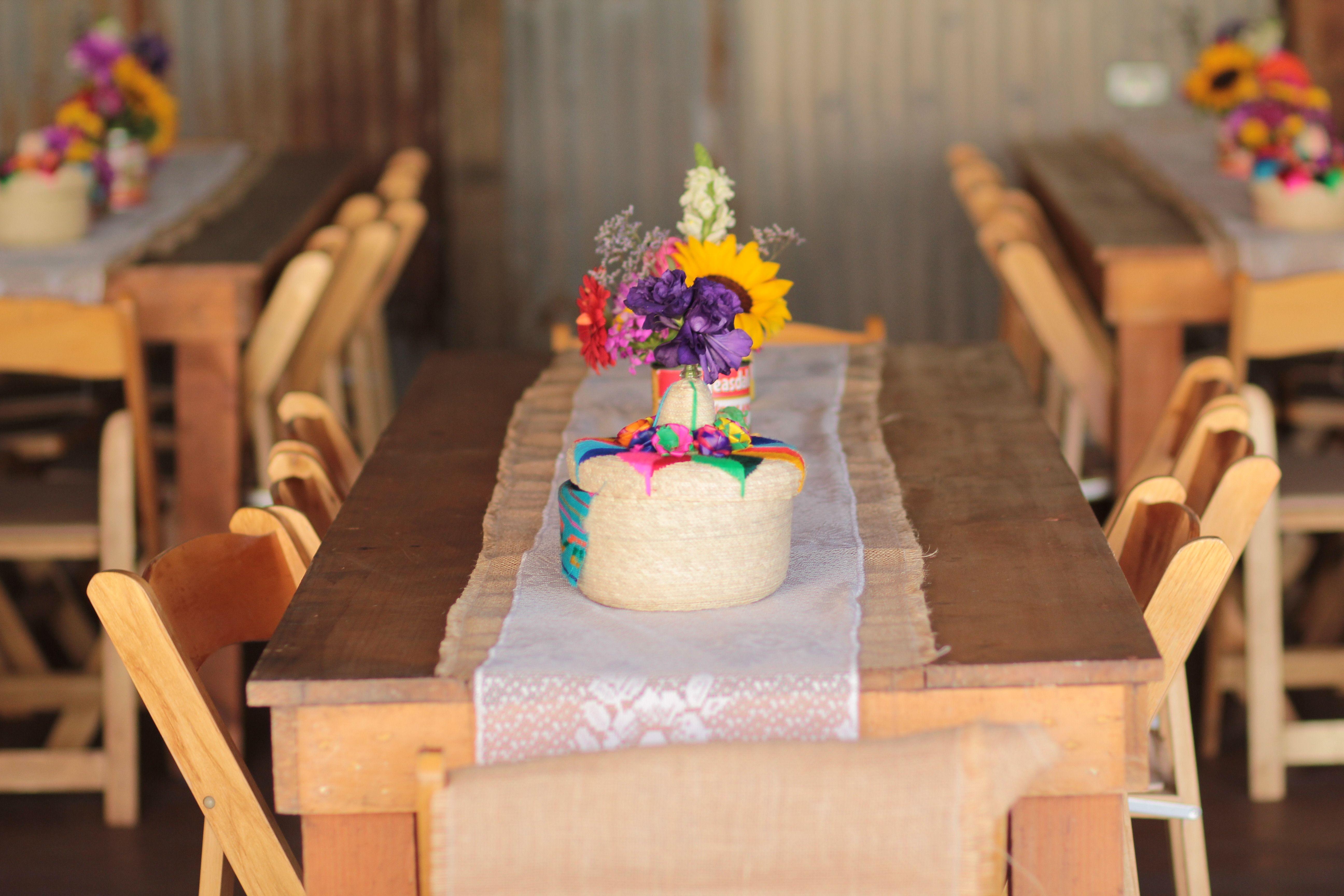 wedding tables, gracias a mi prima que nos compro en guadalajara estas hermosas tortilleras