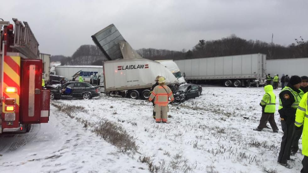 The Weather Channel Weatherchannel Two Pileups One Involving At Least 50 Vehicles