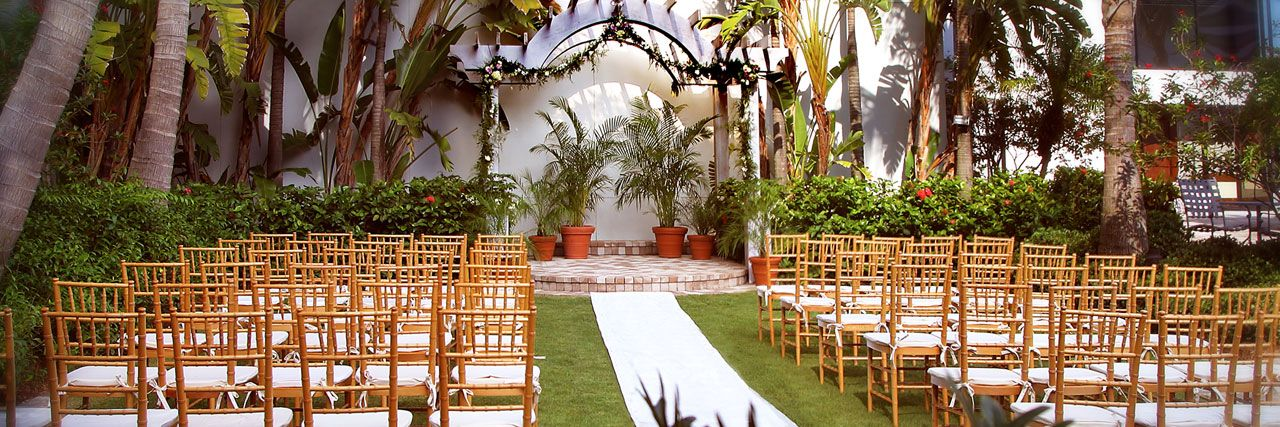 The Palm Terrace Hyatt Regency Sarasota Fl Imagine Your Wedding Ceremony Under