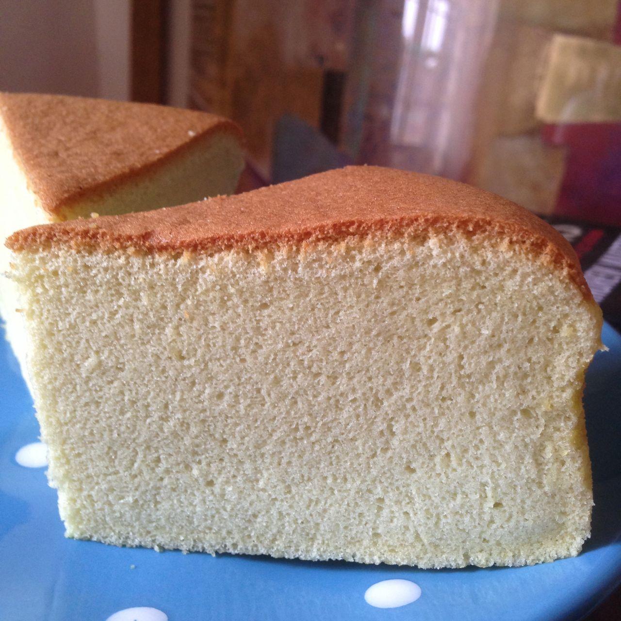 Pandan Gula Melaka Sponge Cake
