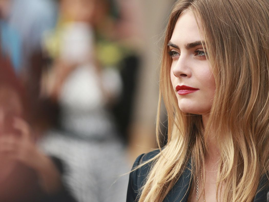 Cara Delevingne – Burberry Prorsum Show SS 2015 London Fashion Week