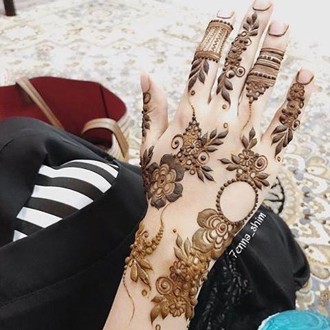 1 896 Likes 24 Comments حساب خاص لعرض صور الحناء 7ana Design On Instagram Beautiful Henna Designs Mehndi Designs 2018 Bridal Mehendi Designs Hands
