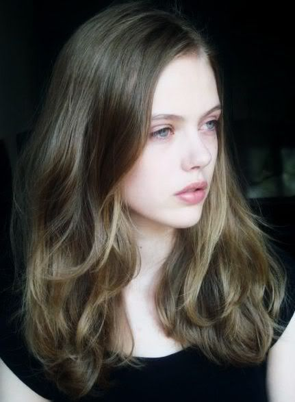 Pin By Andrea Vertucci On Gorgeous Hair Blonde Hair Pale Skin Hair Pale Skin Brown Hair Pale Skin