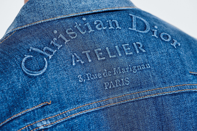 Stretch Cotton Denim Jacket Christian Dior Atelier Embossing Ready To Wear Men S Fashion Dior Dior Jeans Denim Fashion Denim Tees [ 2000 x 3000 Pixel ]