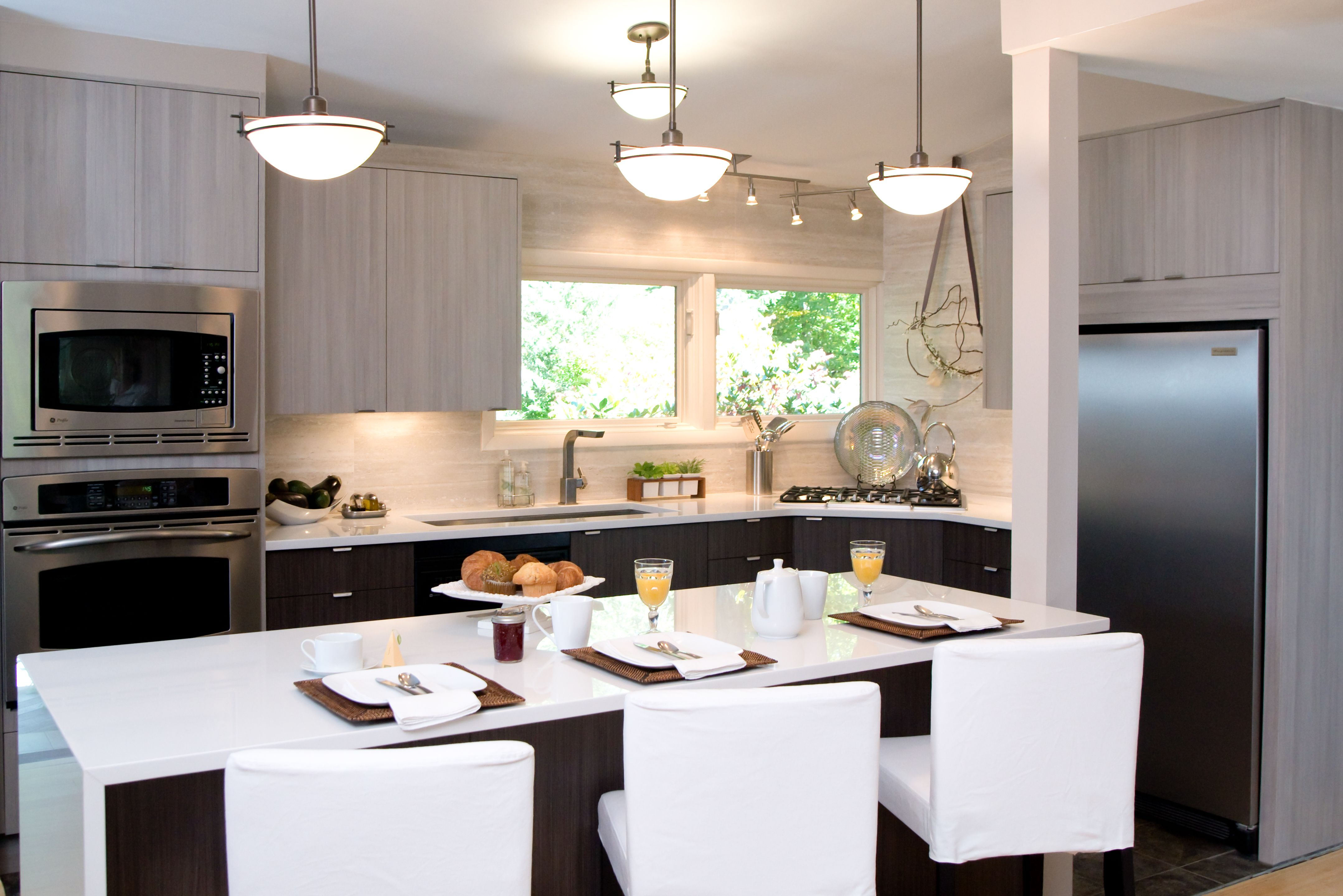 Cozy Contemporary Kitchen In Albany Ny Contemporary Kitchen Cabinetry Design Kitchen Redo