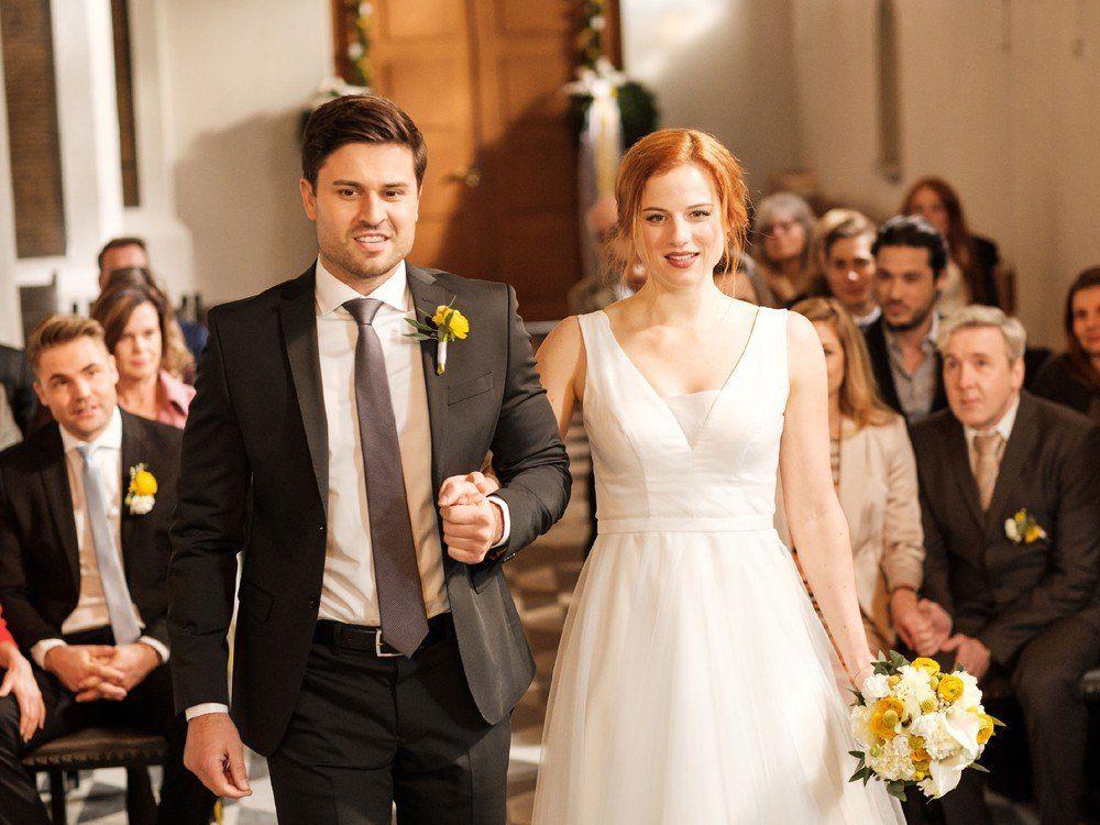 Was Passiert Heute In Den Soaps Trend Magazin Formelle Kleider Kleid Hochzeit Germanys Next Topmodel