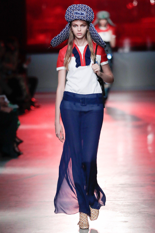 2019 Moda Dünyası Trendlerinden Kot Etekler