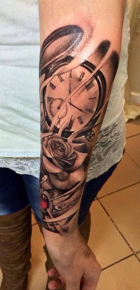 tattoveringen jeg har øverst på armen har slik røyk, så det er kanskje et element som kan gå igjen..